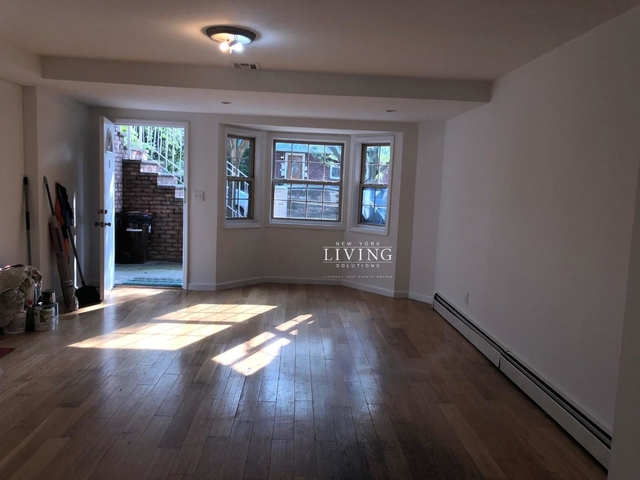 3 Bedrooms, Richmond Hill Rental in NYC for $2,499 - Photo 1