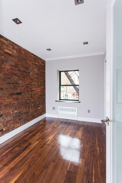 2 Bedrooms, Alphabet City Rental in NYC for $5,495 - Photo 2