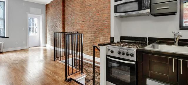 2 Bedrooms, NoLita Rental in NYC for $4,695 - Photo 2