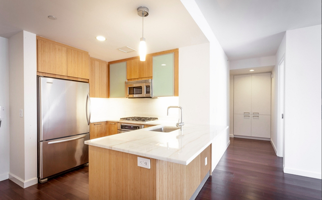 3 Bedrooms, Battery Park City Rental in NYC for $10,600 - Photo 1