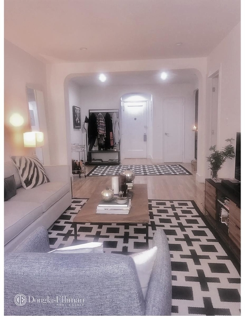 3 Bedrooms, Lincoln Square Rental in NYC for $4,500 - Photo 2