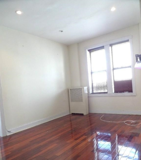 2 Bedrooms, North Slope Rental in NYC for $3,150 - Photo 2
