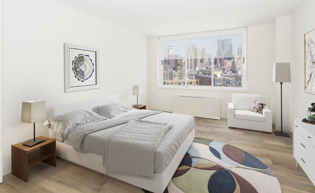 3 Bedrooms, Hell's Kitchen Rental in NYC for $5,815 - Photo 1