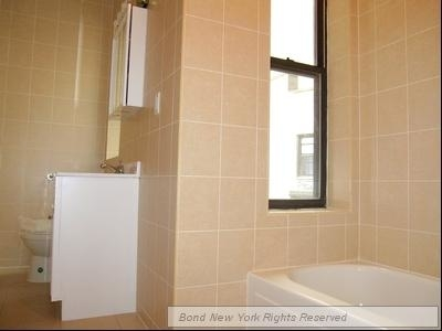 Studio, Lincoln Square Rental in NYC for $2,040 - Photo 2