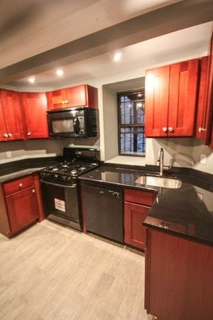 5 Bedrooms, Alphabet City Rental in NYC for $6,000 - Photo 2