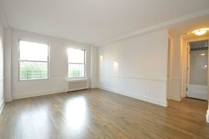 3 Bedrooms, Upper East Side Rental in NYC for $8,940 - Photo 2