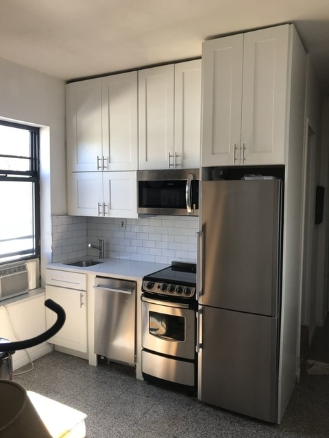 3 Bedrooms, West Village Rental in NYC for $5,100 - Photo 1
