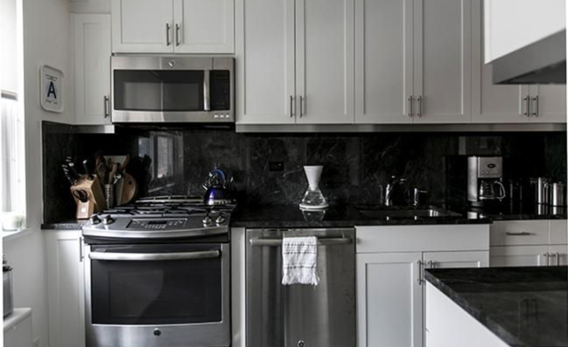 2 Bedrooms, Murray Hill Rental in NYC for $6,259 - Photo 2