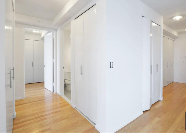 2 Bedrooms, Hunters Point Rental in NYC for $5,995 - Photo 2