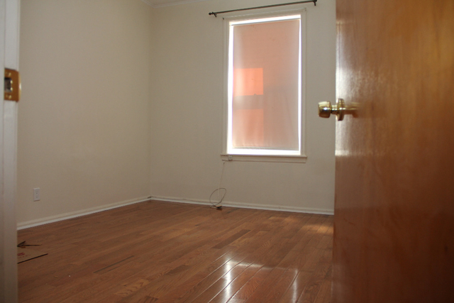 3 Bedrooms, Bay Ridge Rental in NYC for $2,500 - Photo 1