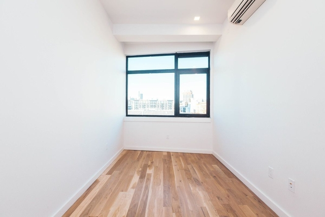 3 Bedrooms, Greenpoint Rental in NYC for $4,595 - Photo 1