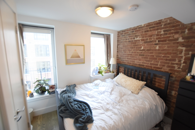 2 Bedrooms, Lower East Side Rental in NYC for $3,550 - Photo 2