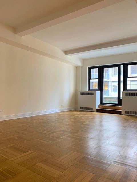 2 Bedrooms, Midtown East Rental in NYC for $4,999 - Photo 2