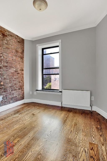 3 Bedrooms, East Village Rental in NYC for $5,595 - Photo 2