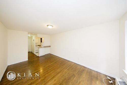 Studio, Sutton Place Rental in NYC for $2,475 - Photo 2