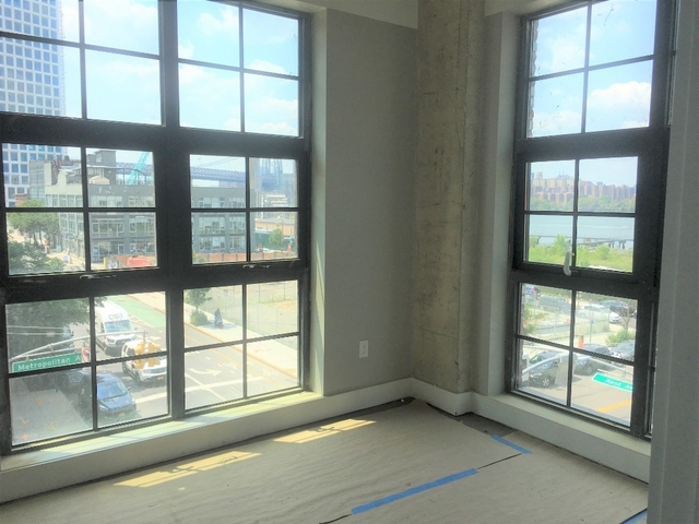 1 Bedroom, Williamsburg Rental in NYC for $3,349 - Photo 2