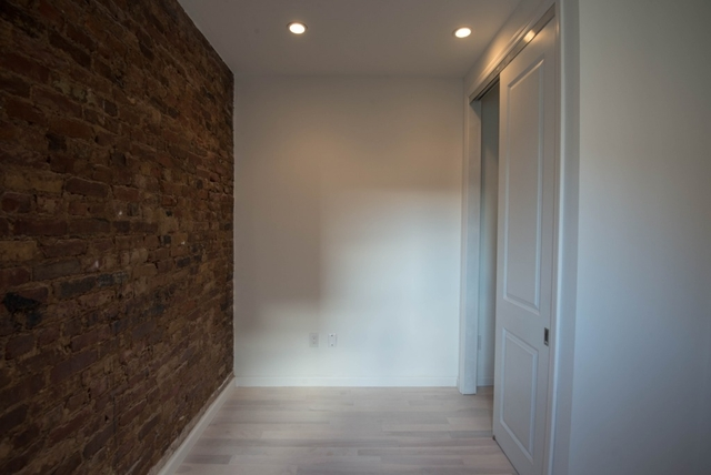 2 Bedrooms, Alphabet City Rental in NYC for $3,750 - Photo 1