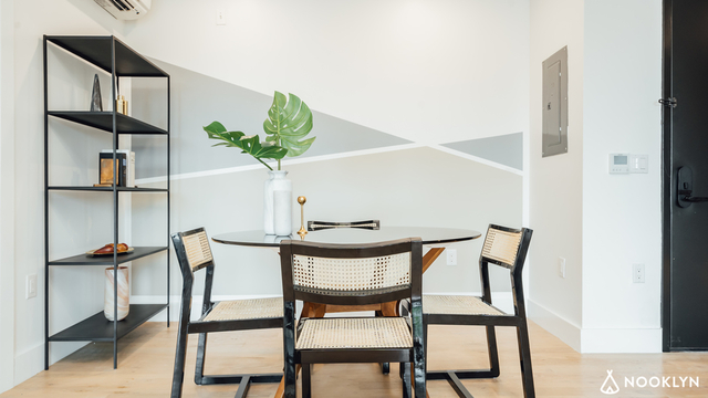 2 Bedrooms at 499 Lorimer St for Posted May-07-2019 | RentHop