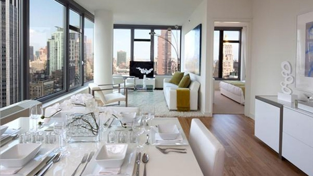 2 Bedrooms, Chelsea Rental in NYC for $7,106 - Photo 1