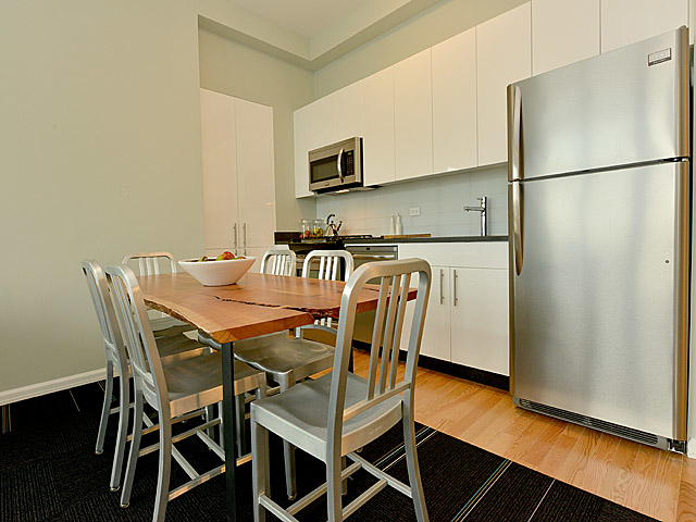 2 Bedrooms, Hunters Point Rental in NYC for $4,785 - Photo 1