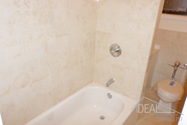 2 Bedrooms, Bedford-Stuyvesant Rental in NYC for $3,125 - Photo 1
