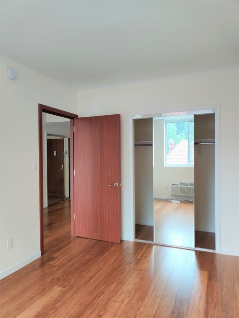 2 Bedrooms, Kew Gardens Rental in NYC for $2,425 - Photo 2
