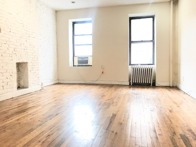 4 Bedrooms, Hell's Kitchen Rental in NYC for $5,595 - Photo 2