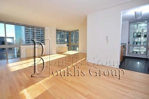 2 Bedrooms, Financial District Rental in NYC for $6,120 - Photo 1
