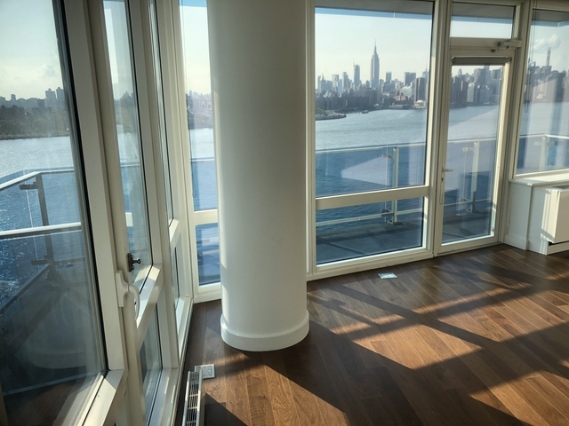 2 Bedrooms, Williamsburg Rental in NYC for $6,095 - Photo 2
