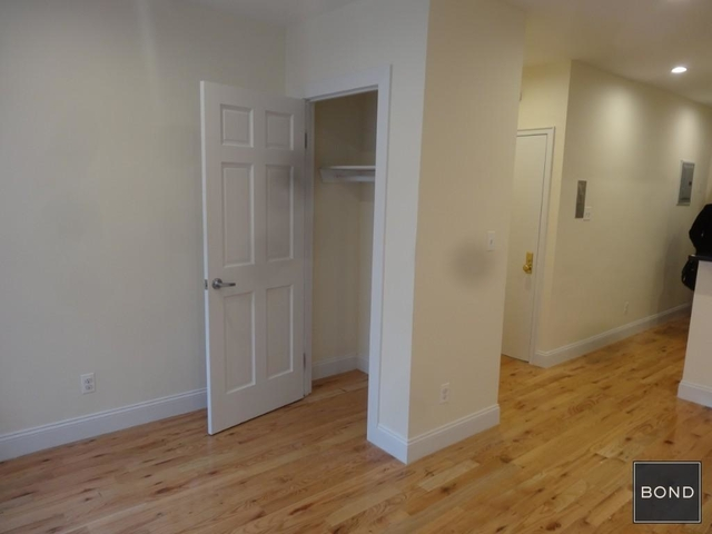 Studio, Upper East Side Rental in NYC for $2,045 - Photo 2