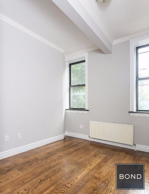3 Bedrooms, East Village Rental in NYC for $5,795 - Photo 2