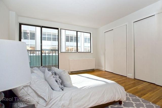 3 Bedrooms, Midtown East Rental in NYC for $4,795 - Photo 2