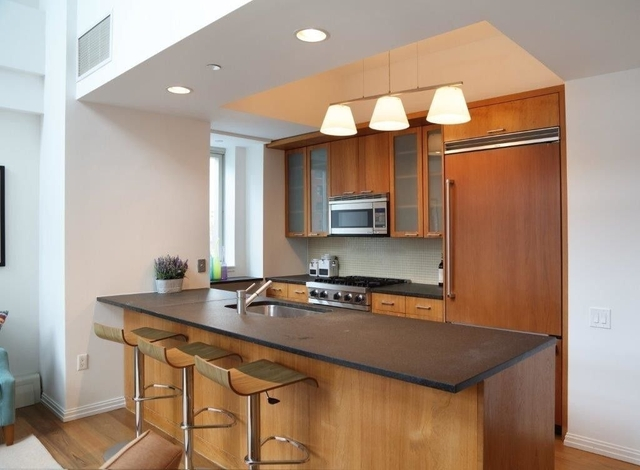 3 Bedrooms, Upper East Side Rental in NYC for $13,500 - Photo 2