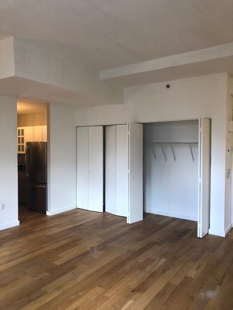 1 Bedroom, Financial District Rental in NYC for $5,000 - Photo 2