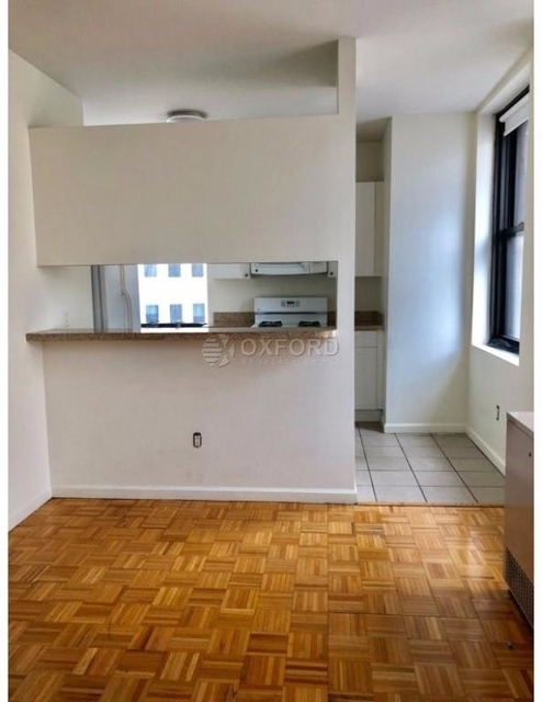 2 Bedrooms, Financial District Rental in NYC for $5,790 - Photo 2