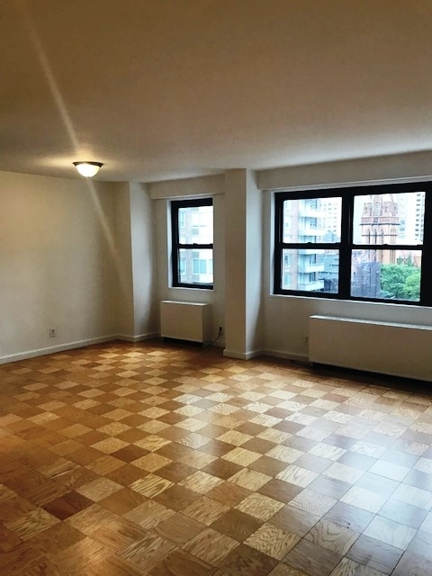 2 Bedrooms, Yorkville Rental in NYC for $5,045 - Photo 1