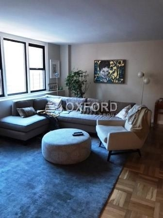 2 Bedrooms, Yorkville Rental in NYC for $5,435 - Photo 1