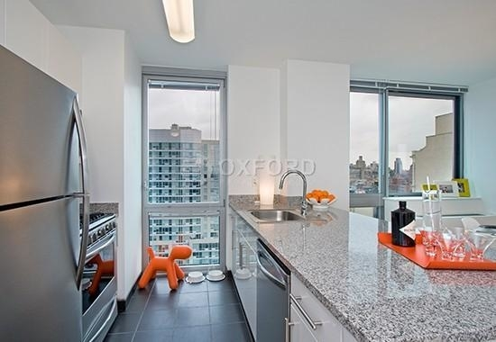 Studio, Hell's Kitchen Rental in NYC for $2,897 - Photo 1