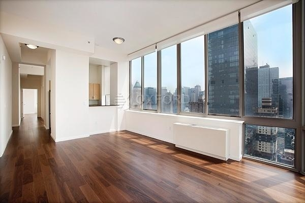 4 Bedrooms, Hell's Kitchen Rental in NYC for $6,125 - Photo 2
