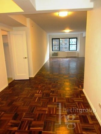 3 Bedrooms, Midtown East Rental in NYC for $6,050 - Photo 1