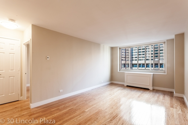 2 Bedrooms, Lincoln Square Rental in NYC for $7,795 - Photo 1