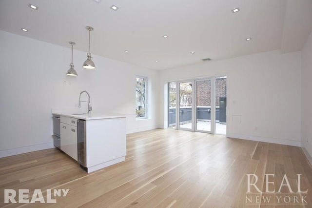 3 Bedrooms, Upper East Side Rental in NYC for $9,750 - Photo 2