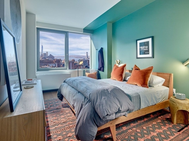 2 Bedrooms, Chelsea Rental in NYC for $6,390 - Photo 2