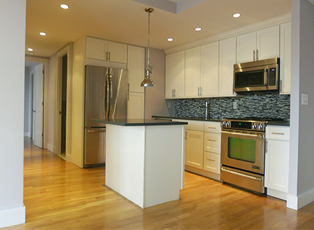3 Bedrooms, Turtle Bay Rental in NYC for $5,395 - Photo 2
