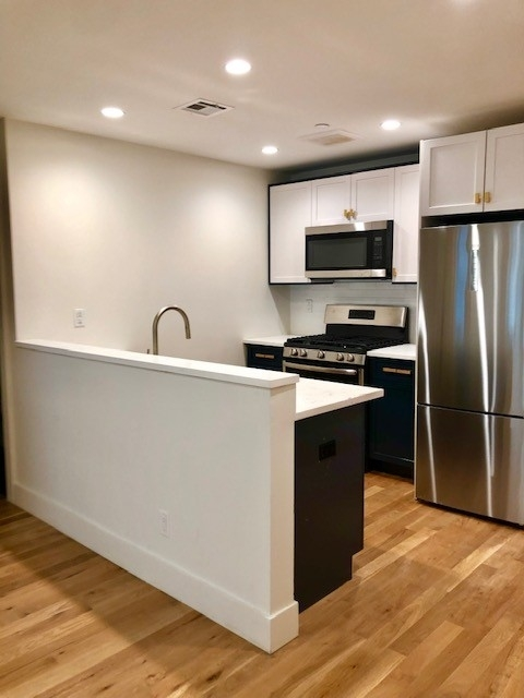 2 Bedrooms, Midwood Rental in NYC for $2,908 - Photo 1