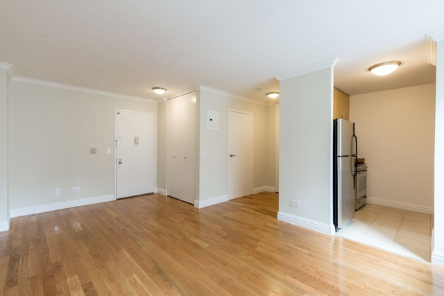 Studio, Theater District Rental in NYC for $2,648 - Photo 2