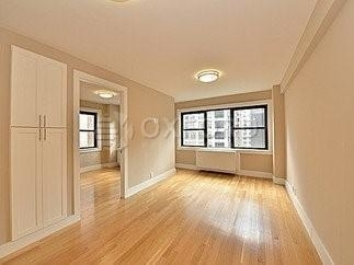 4 Bedrooms, Turtle Bay Rental in NYC for $7,300 - Photo 1