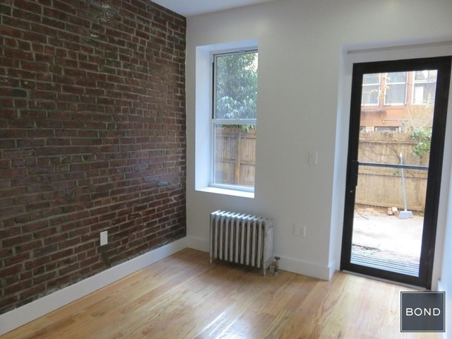 2 Bedrooms, Alphabet City Rental in NYC for $5,285 - Photo 1