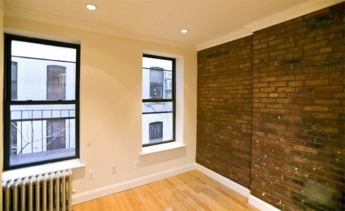 2 Bedrooms, Alphabet City Rental in NYC for $4,300 - Photo 2
