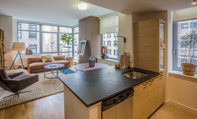 2 Bedrooms, Tribeca Rental in NYC for $3,863 - Photo 1